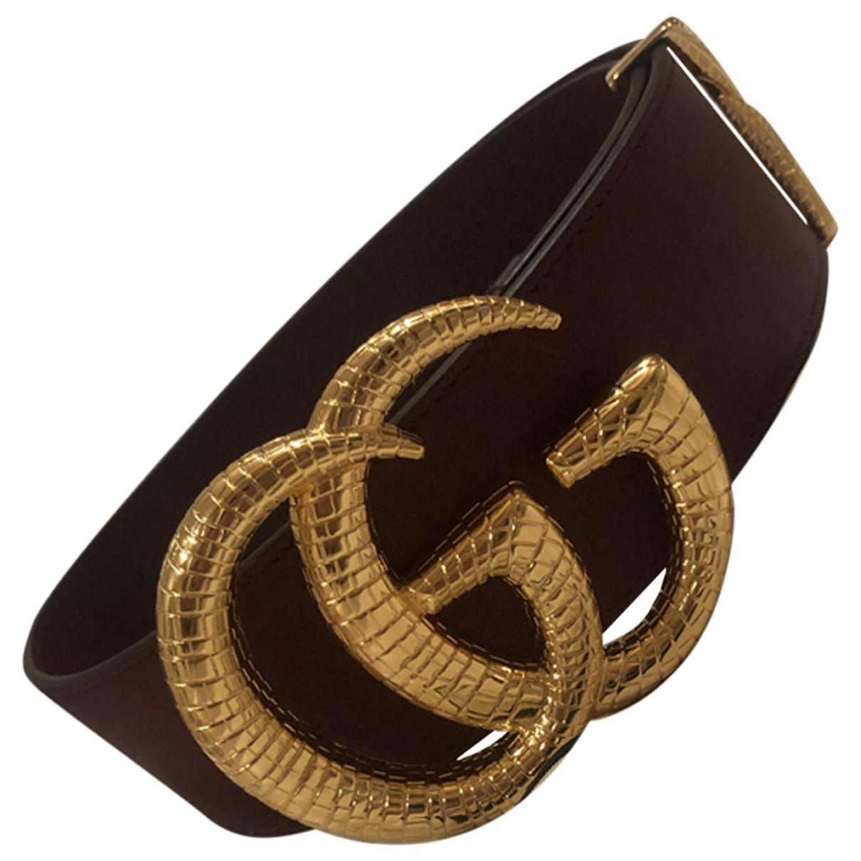 Gucci GG Buckle Guertel in  Bordeauxrot Leder