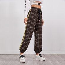 Hose mit Karo Muster, Band vorn und seitlichen Streifen