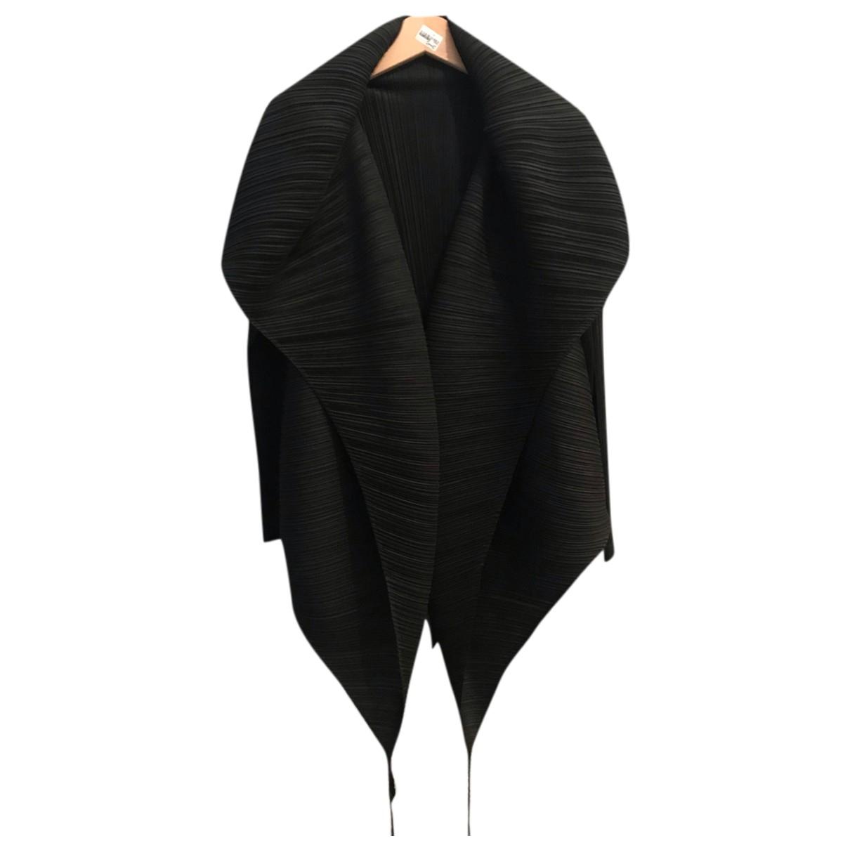 Pleats Please \N Jacke in  Schwarz Polyester
