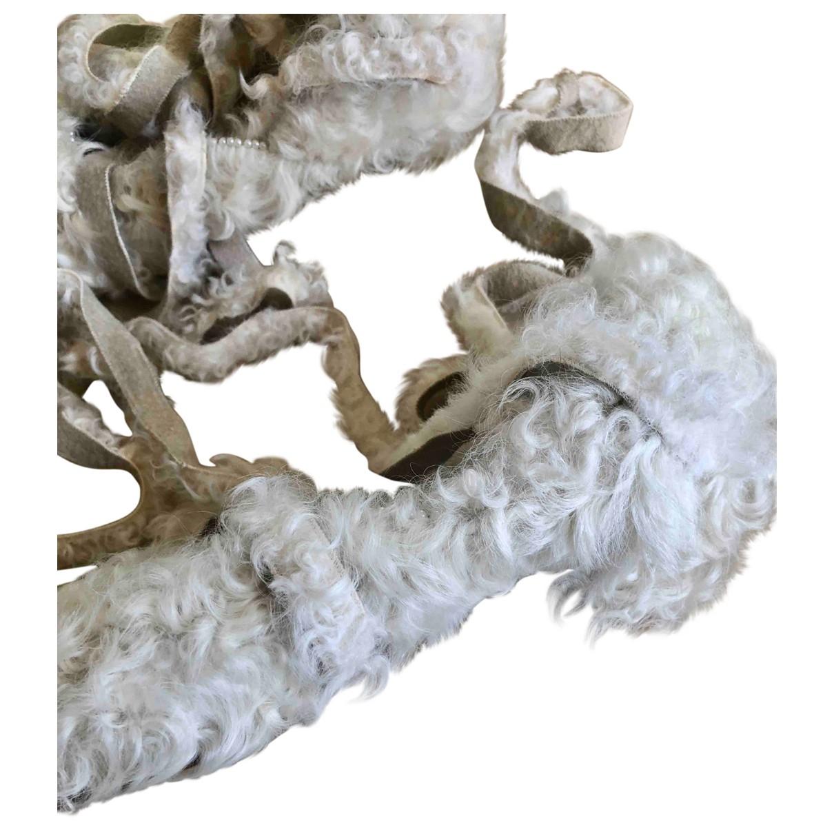 Undercover \N White Faux fur Heels for Women 37.5 EU