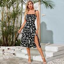 Cami Kleid mit Band auf Schulter, Ruesche, Schlitz und ueberaller Grafik