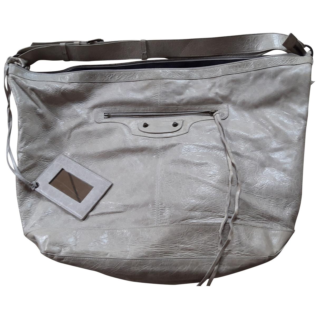Balenciaga Courier XL Handtasche in  Ecru Leder