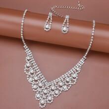 1 Stueck Halskette mit Kunstperlen & Strass Dekor & 1 Paar Ohrringe