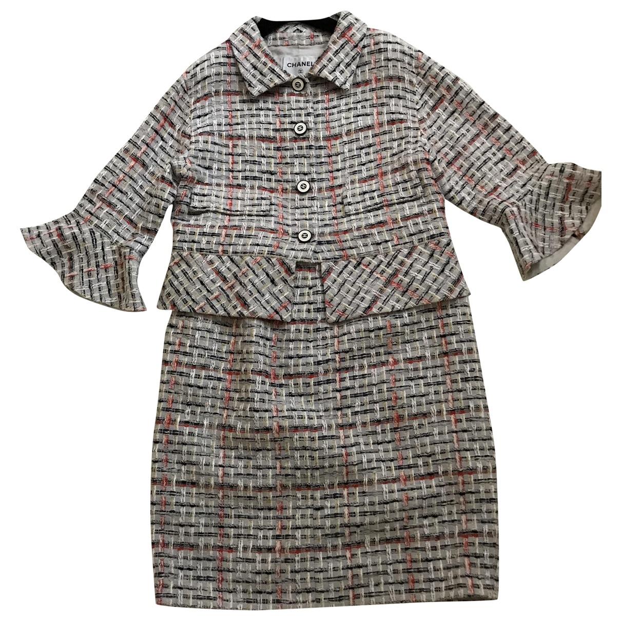Chanel \N Jacke in  Grau Tweed