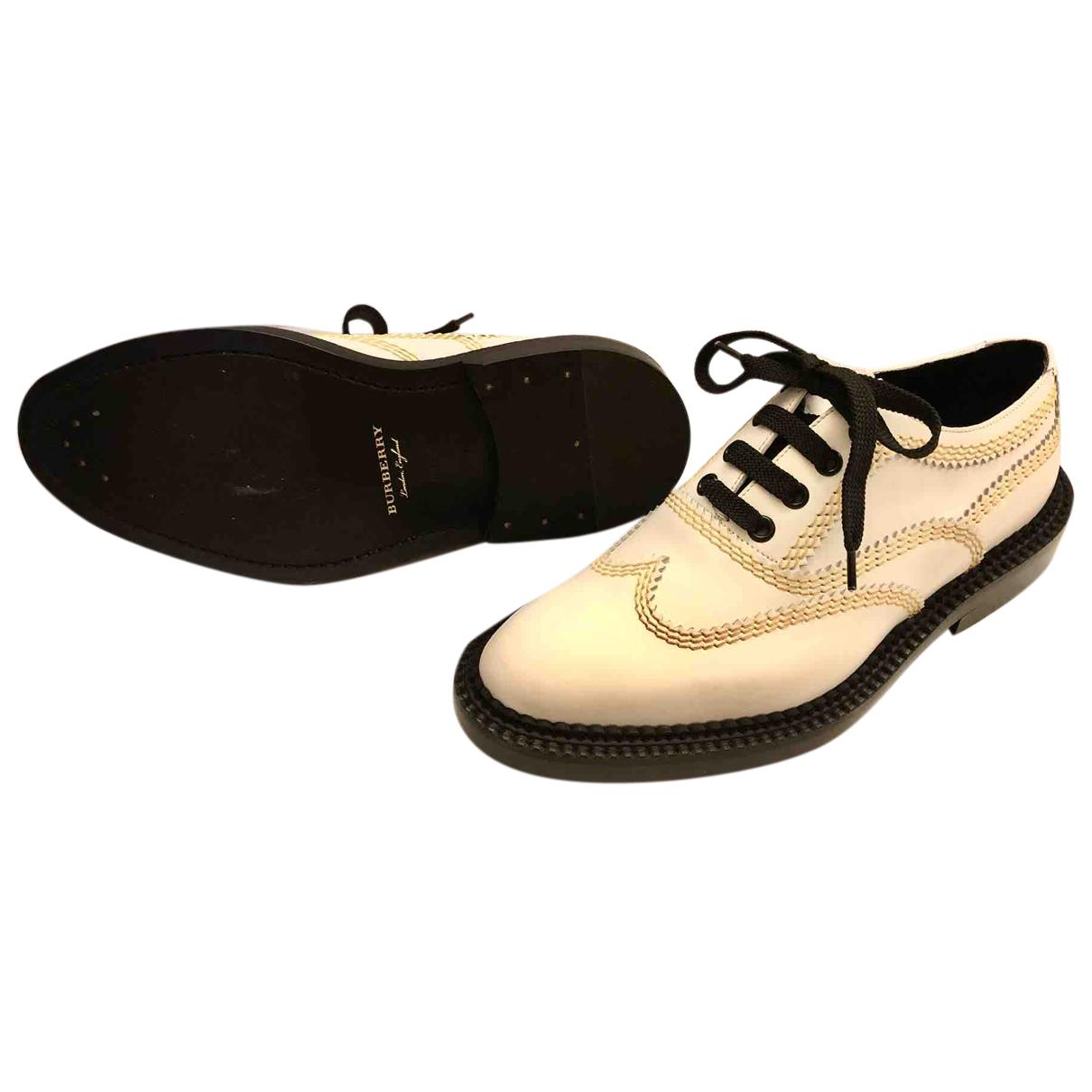 Burberry - Derbies   pour femme en cuir - blanc