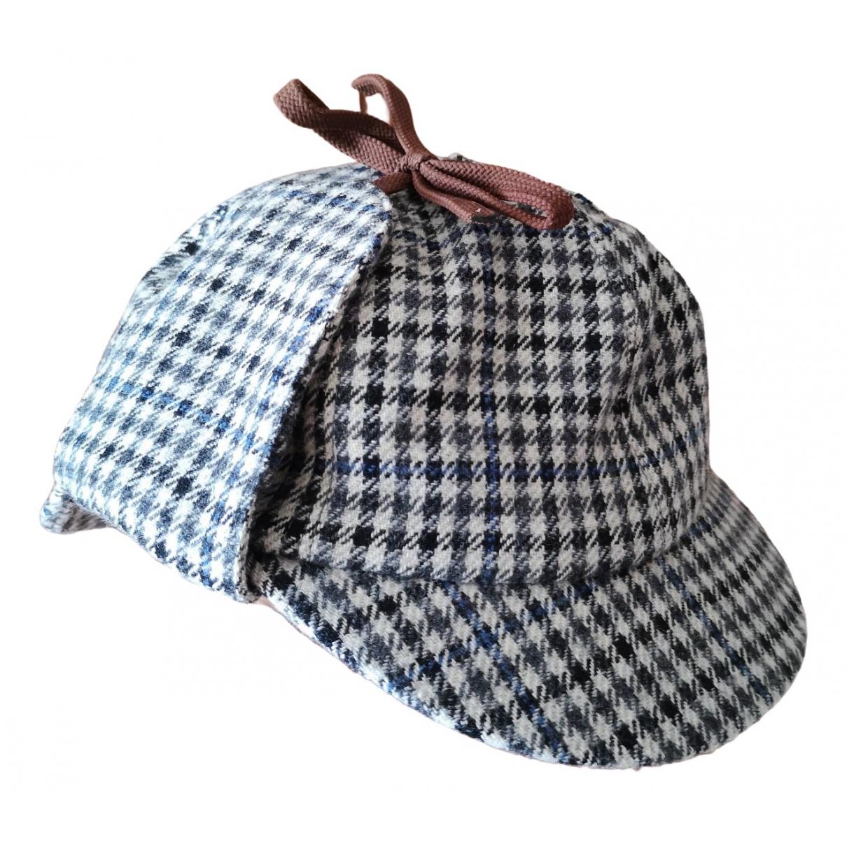 Burberry \N Wool hat for Women S International