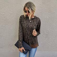 Hoodie mit komplettem Muster, Kaenguru Taschen und Kordelzug