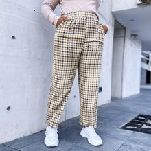 Plus Plaid Slant Pocket Straight Leg Pants