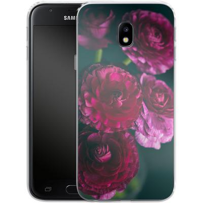 Samsung Galaxy J3 (2017) Silikon Handyhuelle - Purple Ranunculus 2 von Joy StClaire