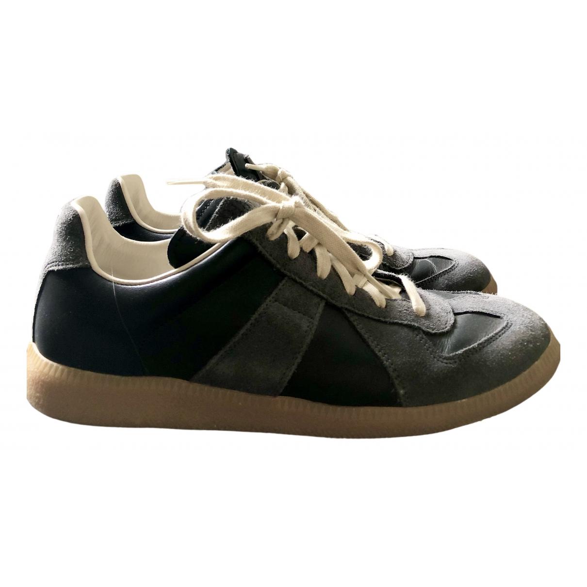 Maison Martin Margiela Replica Sneakers in  Schwarz Leder