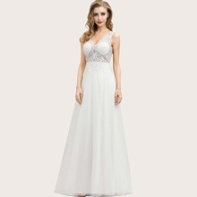 Kleid mit Spitze, Netzstoff ohne Brustpolster
