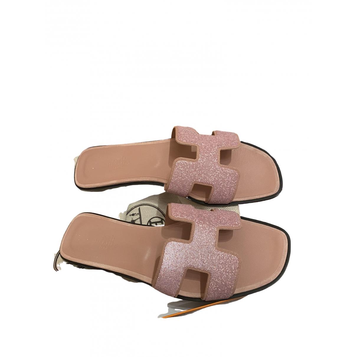 Hermès Oran Pink Leather Sandals for Women 39 EU