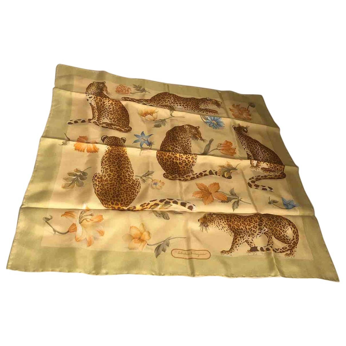 Salvatore Ferragamo \N Green Silk scarf for Women \N