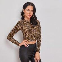 Camiseta corta de leopardo de borde en forma de lechuga