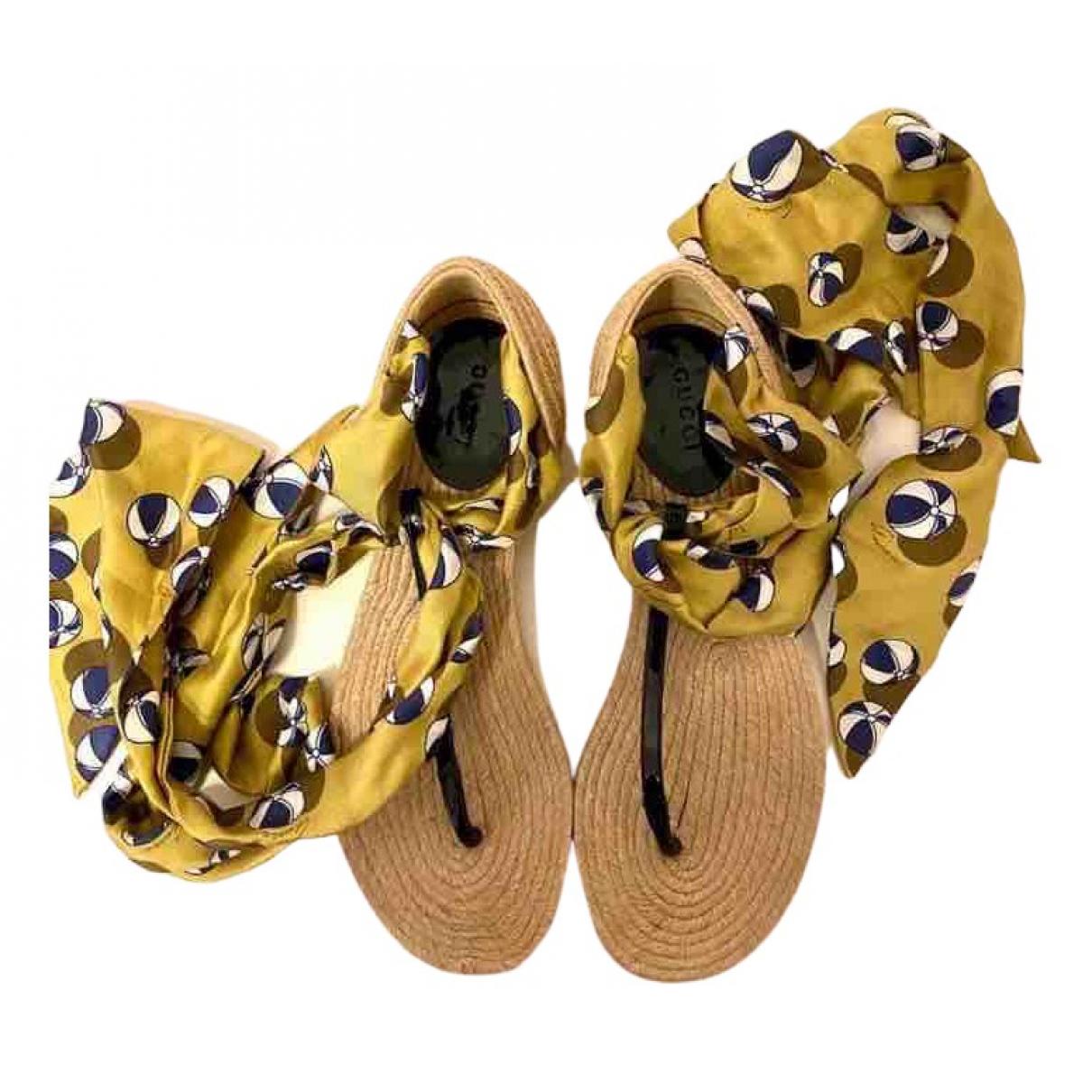 Gucci \N Yellow Cloth Sandals for Women 37.5 EU