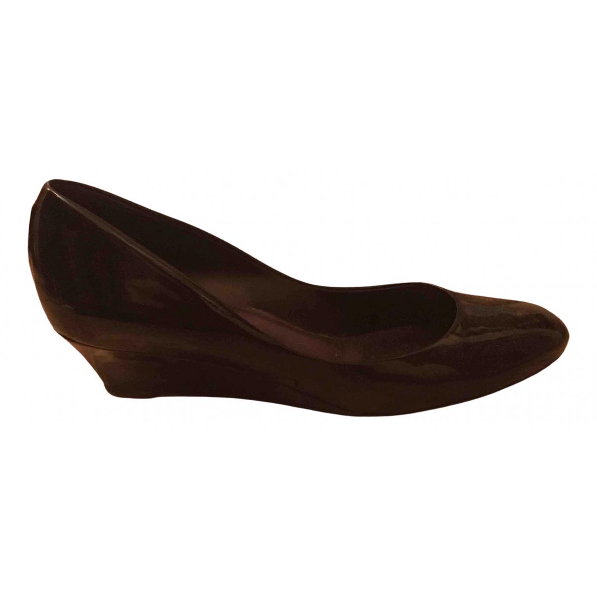 Armani Collezioni \N Black Patent leather Heels for Women 38 EU
