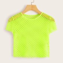 Top corto de croche de color neon