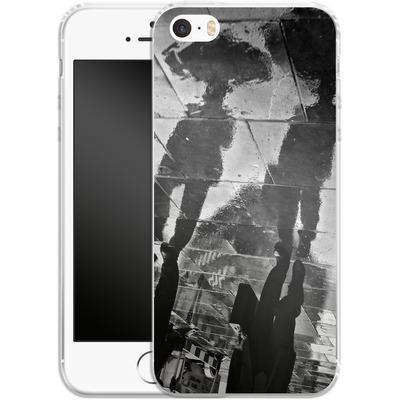 Apple iPhone 5s Silikon Handyhuelle - It Must Be Monday Morning von Ronya Galka