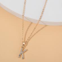 Halskette mit Buchstaben Dekor