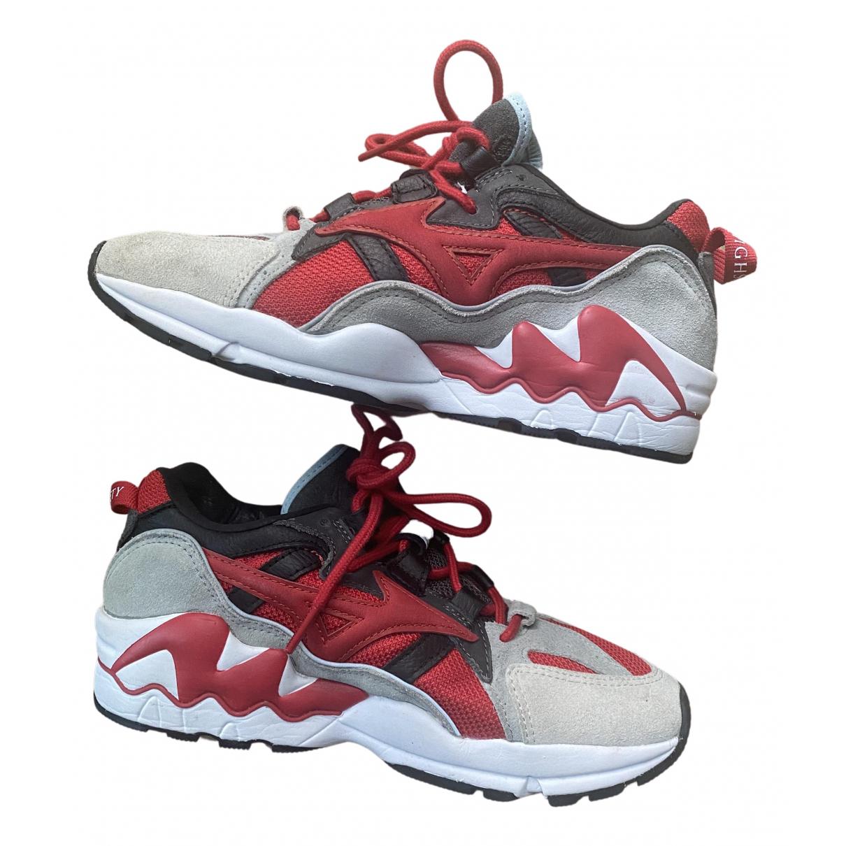 Mizuno \N Sneakers in  Rot Leinen