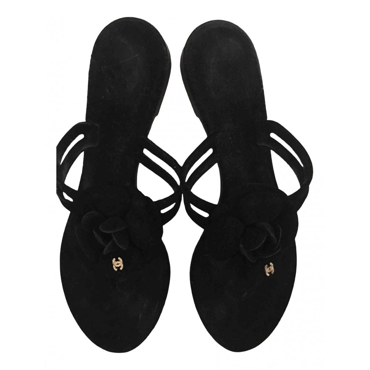 Chanel \N Sandalen in  Schwarz Samt