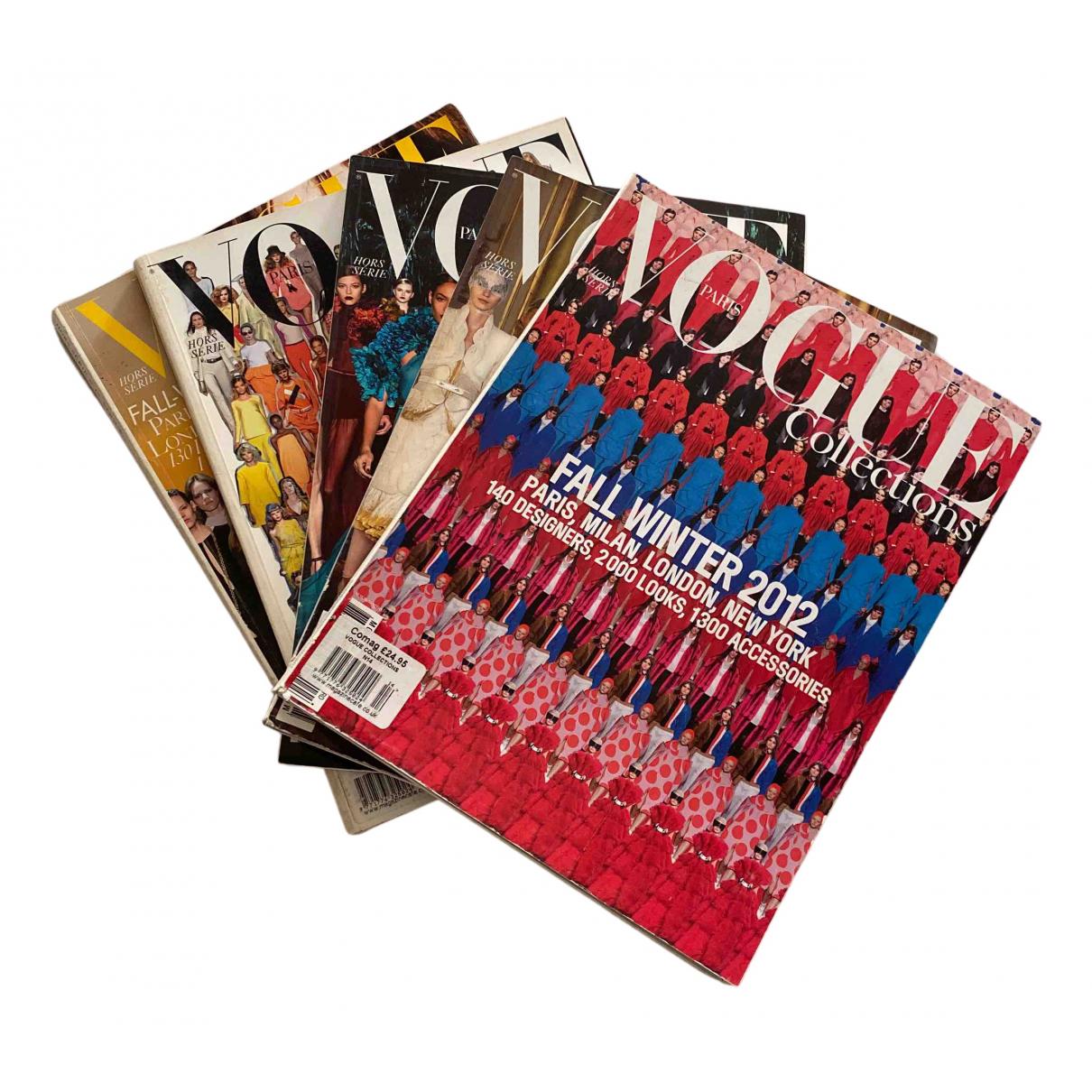 Vogue \N Mode Bunt