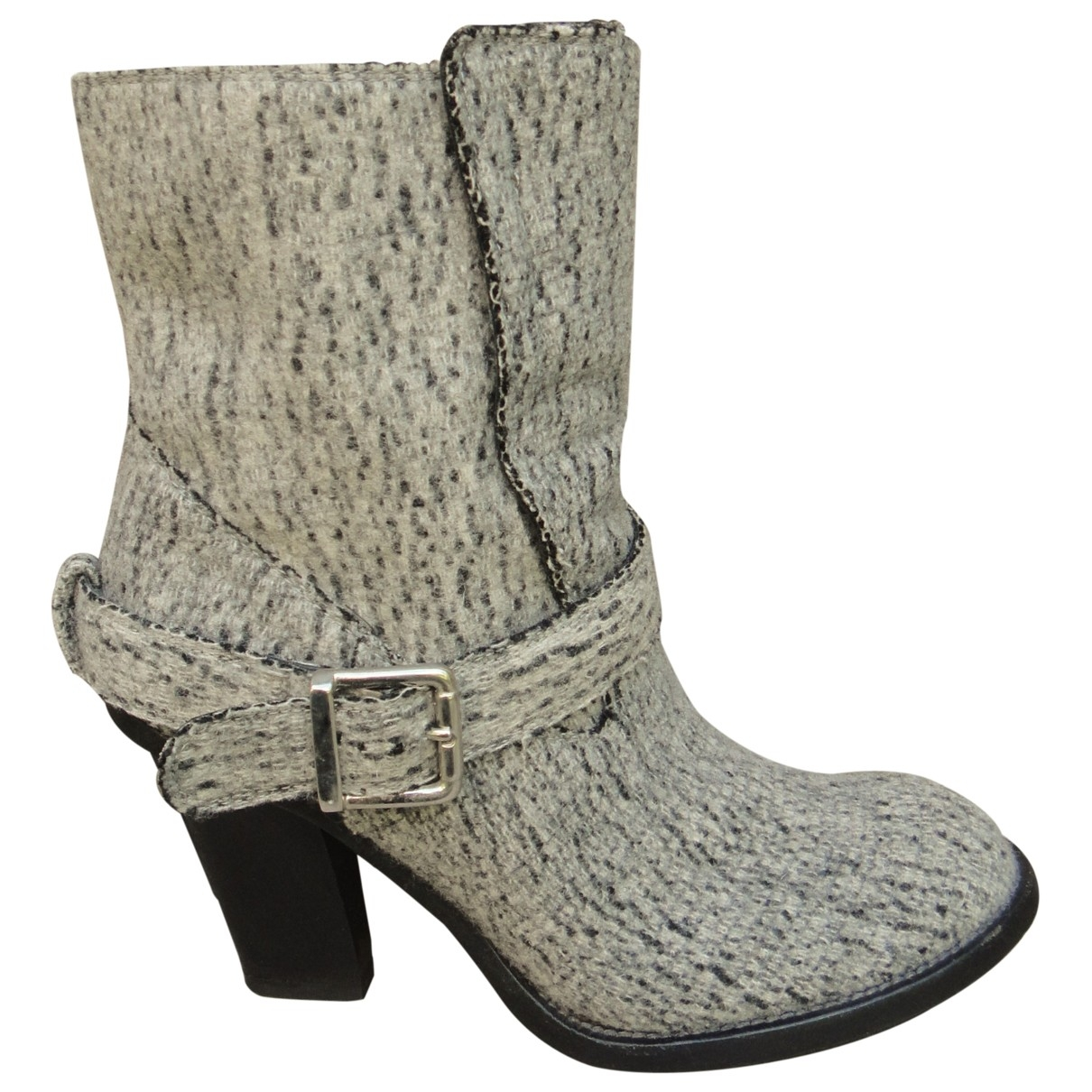 Chloé \N Grey Cloth Ankle boots for Women 39 EU