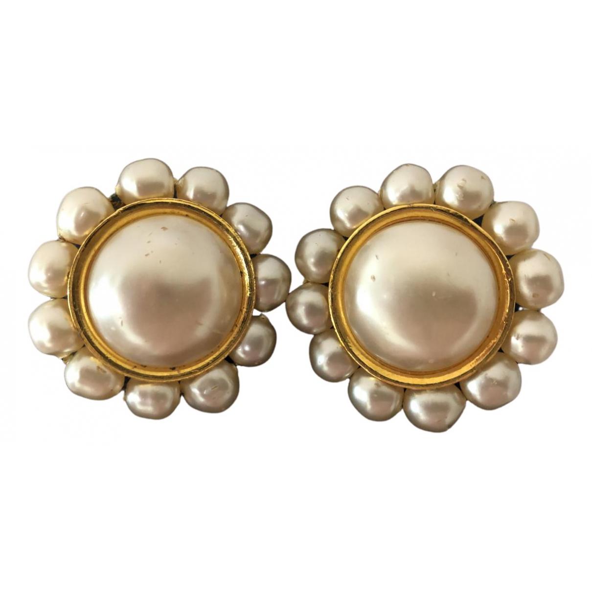 Chanel - Boucles doreilles Baroque pour femme en metal - ecru