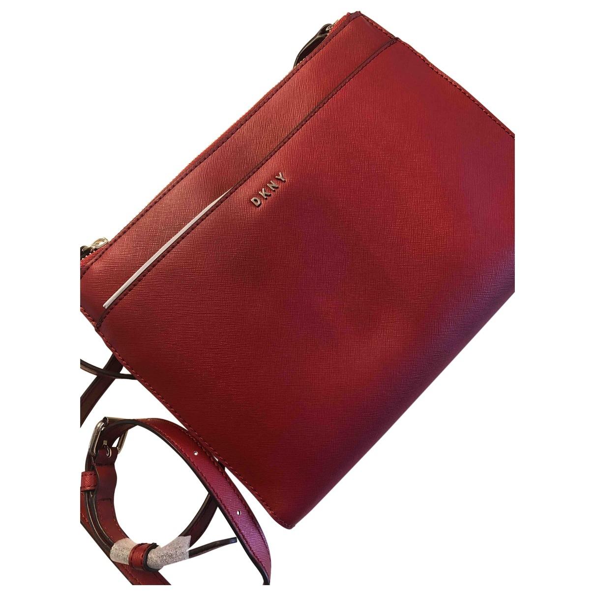 Dkny \N Handtasche in  Rot Leder