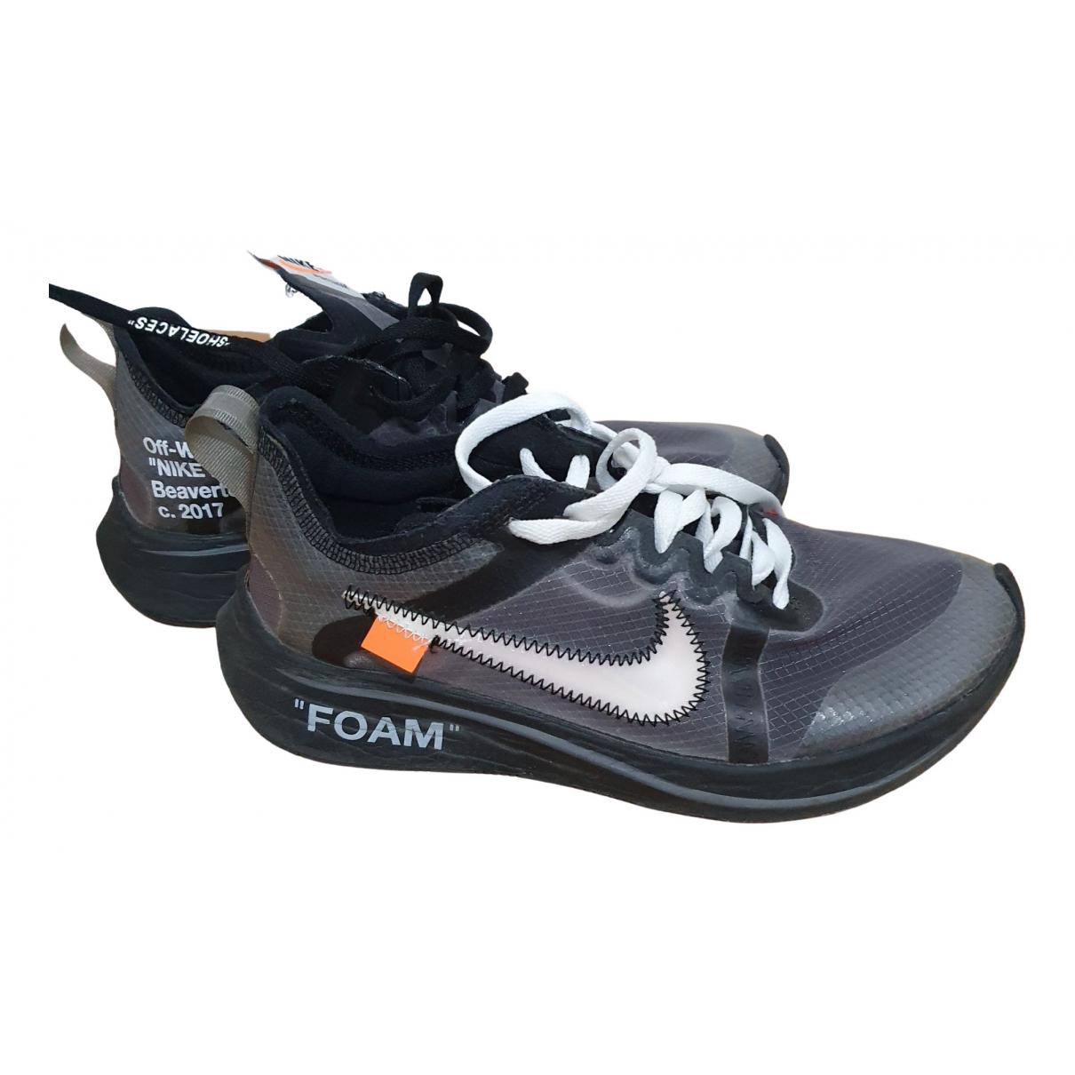 Nike X Off-white Zoom Fly Sneakers in  Schwarz Kautschuk