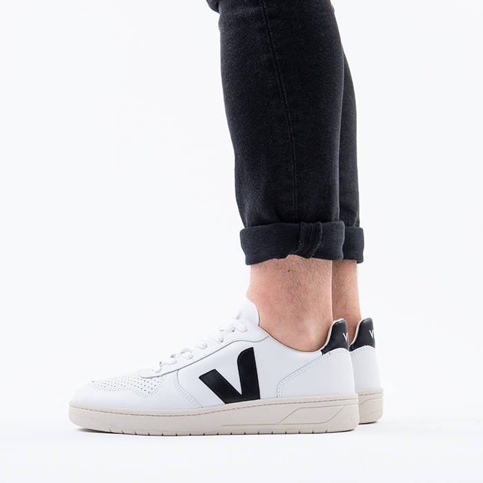 Veja V-10 Leather Extra White Black VXM020005