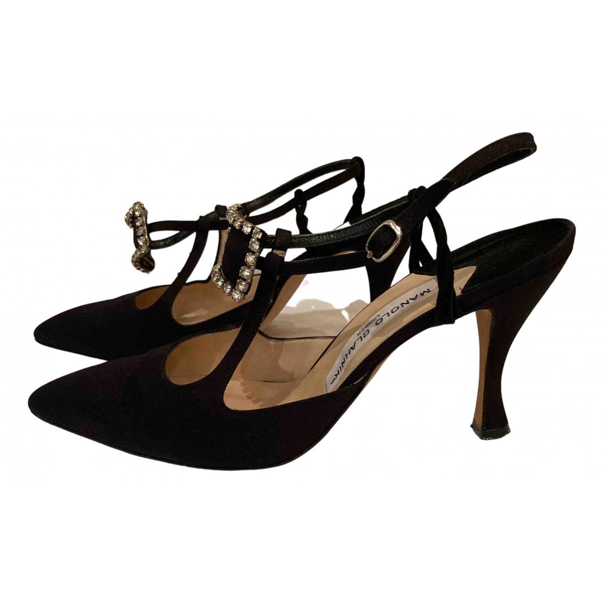 Manolo Blahnik - Sandales   pour femme en toile - noir
