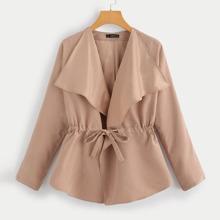 Reiner Mantel mit Kordelzug um die Taille und Wasserfall Kragen
