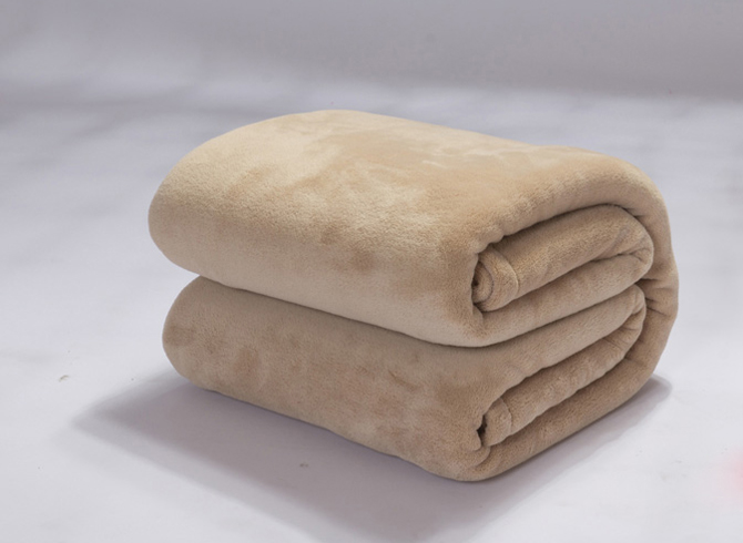 Rustic Solid-colored Beige Thick Flannel Adult Blanket