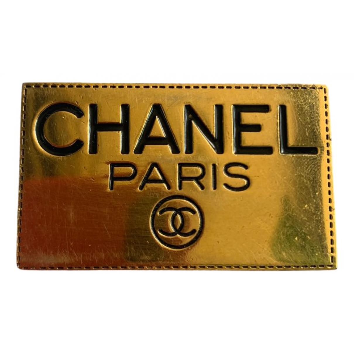 Broche CHANEL en Metal Dorado Chanel