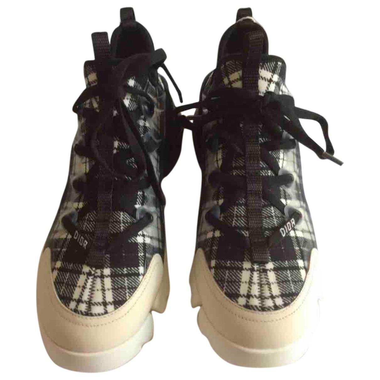 Dior D Connect Sneakers in  Schwarz Leinen
