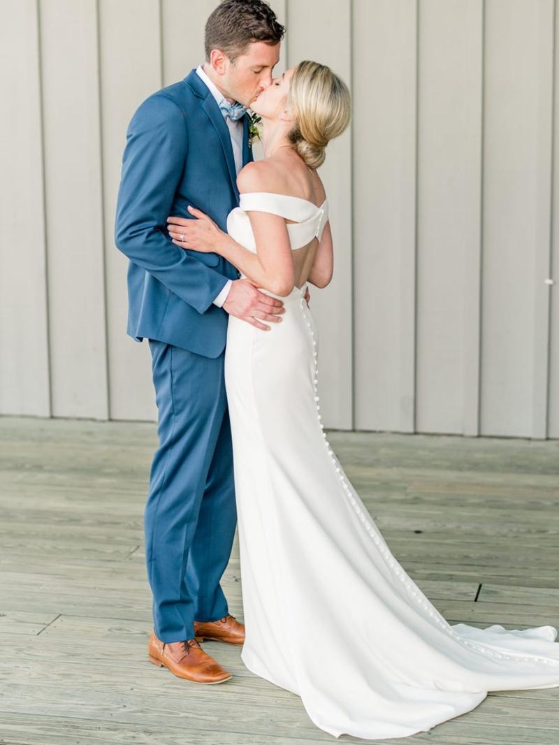 Ericdress Off-The-Shoulder Button Outdoor Wedding Dress