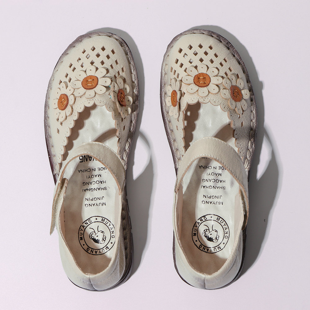 Flower Hollow Out Hook Loop Leather Retro Flat Shoes