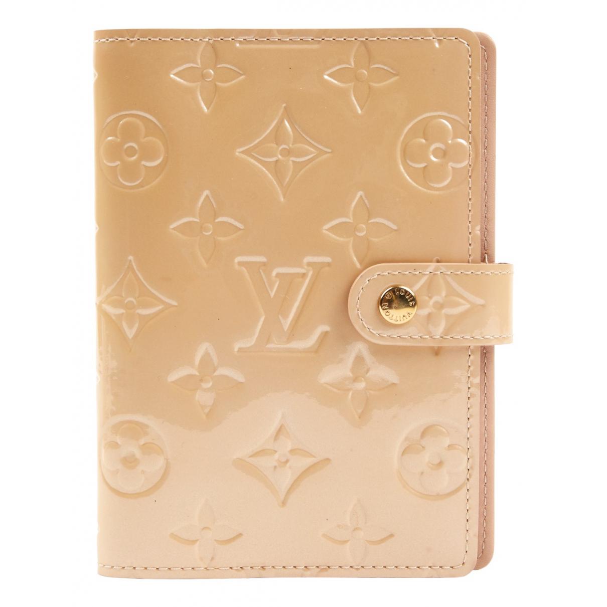 Louis Vuitton - Petite maroquinerie   pour femme en cuir verni - beige