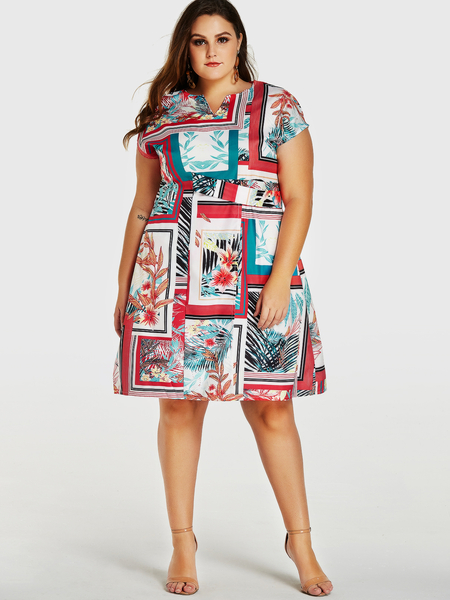 Yoins Plus Size Abstract Printed V-neck Short Sleeves Dress