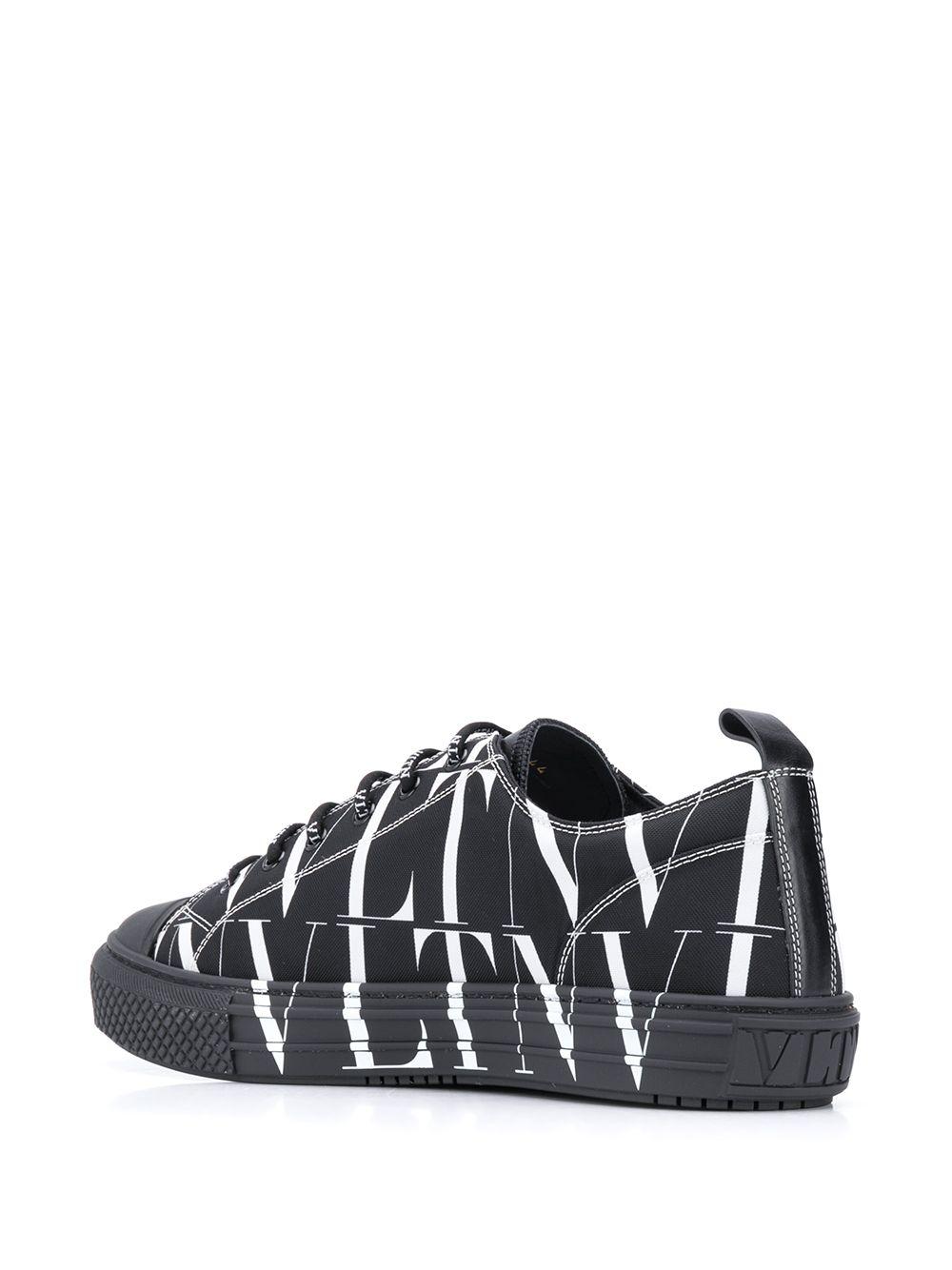 Logo Embroidery Low Sneaker