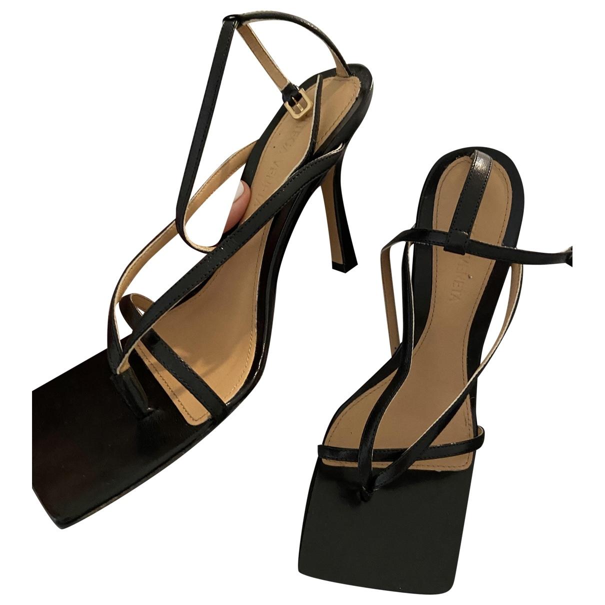 Bottega Veneta \N Black Leather Sandals for Women 35 EU