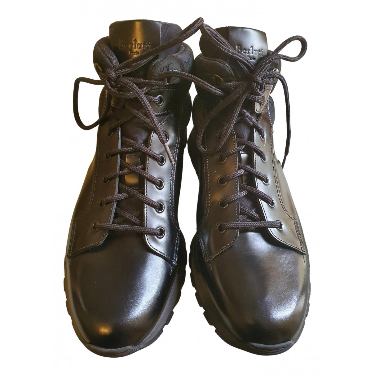 Berluti \N Stiefel in  Schwarz Leder