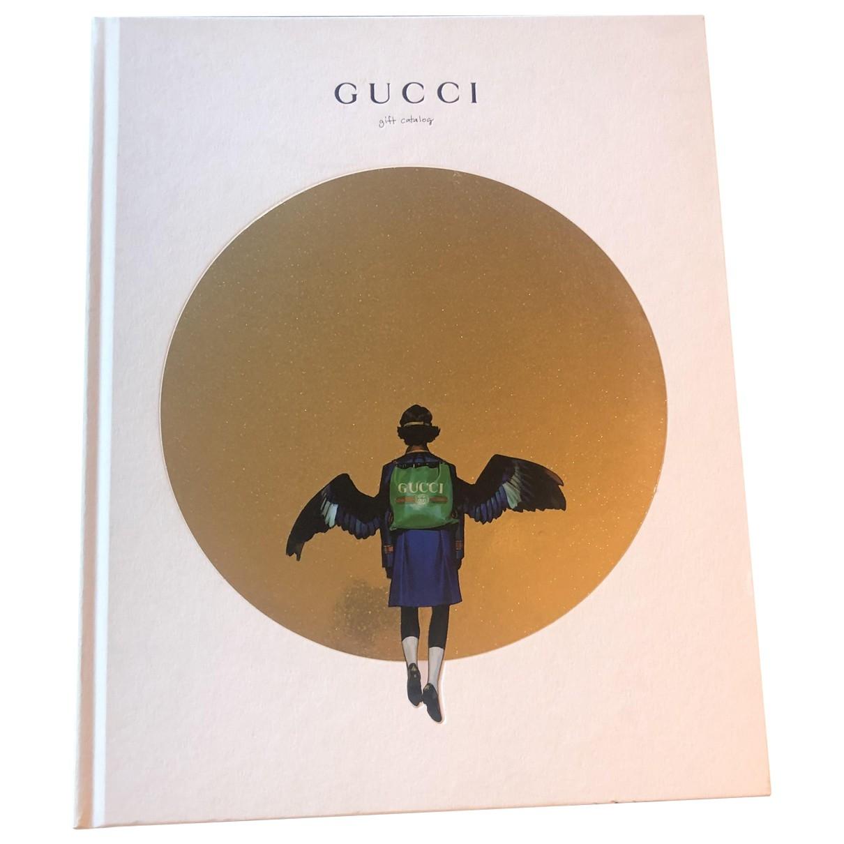 Gucci - Mode   pour lifestyle en bois - blanc