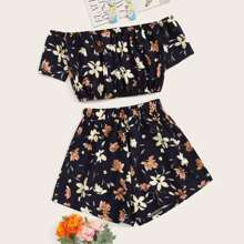 Plus Floral Print Crop Top With Shorts