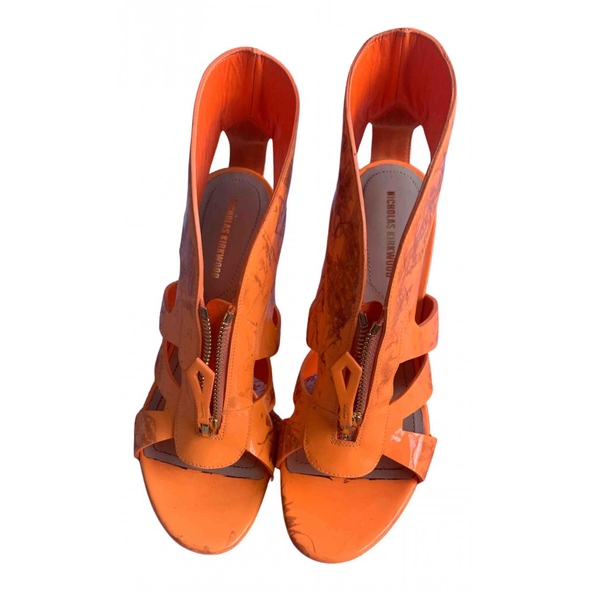 Nicholas Kirkwood \N Sandalen in  Orange Kunststoff