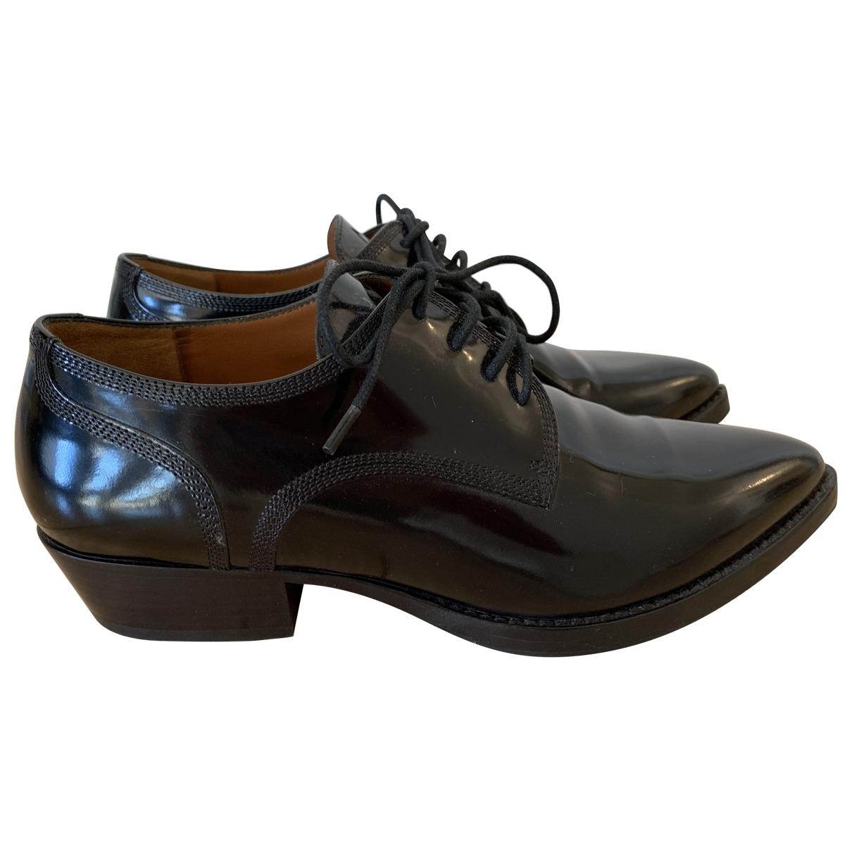 Valentino Garavani \N Black Patent leather Lace ups for Women 36 EU