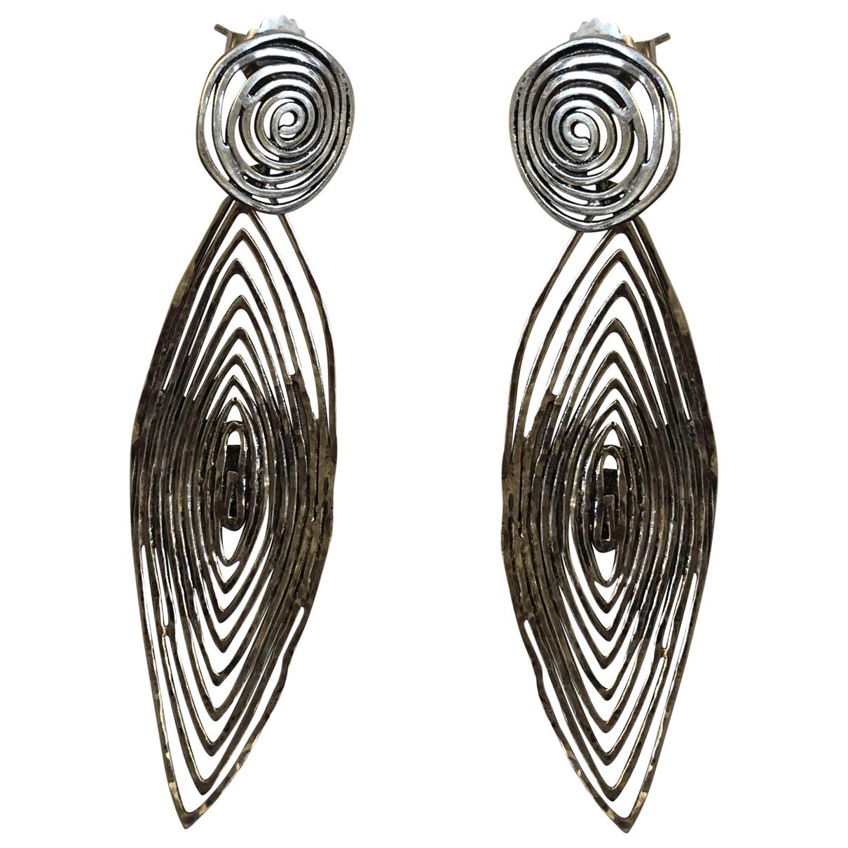 Gas \N OhrRing in  Silber Metall