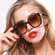 Gafas de sol de marco con carey