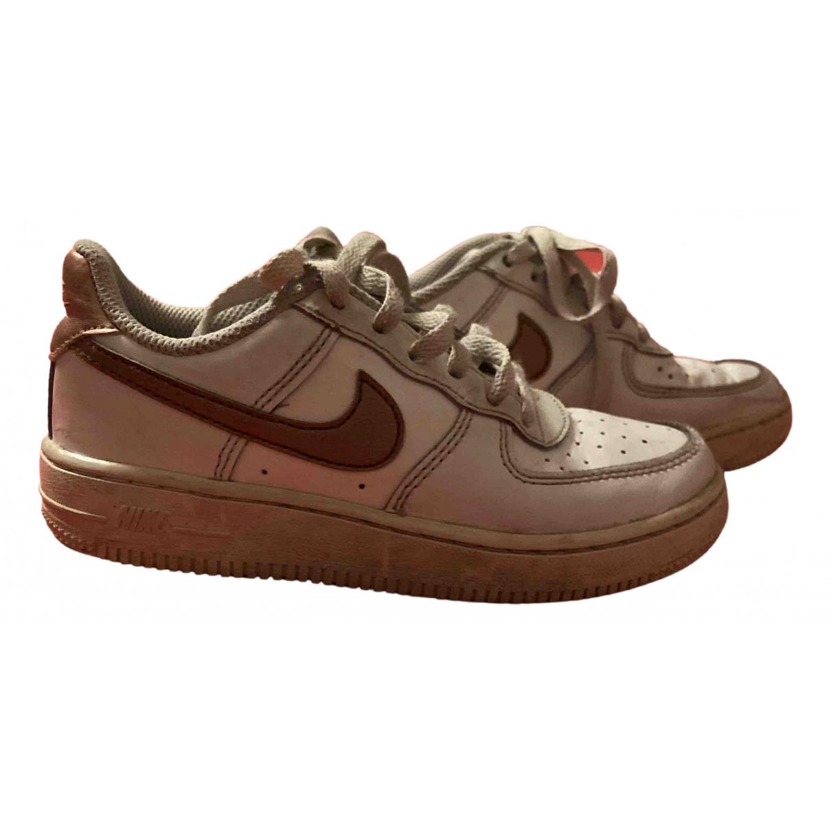 Nike - Baskets Air Force 1 pour enfant en cuir - blanc